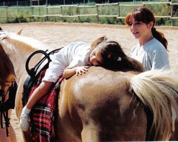 Como ayuda la equinoterapia en los niños autistas