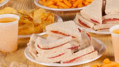 Como manejar el exceso de calorías en fiestas infantiles_3