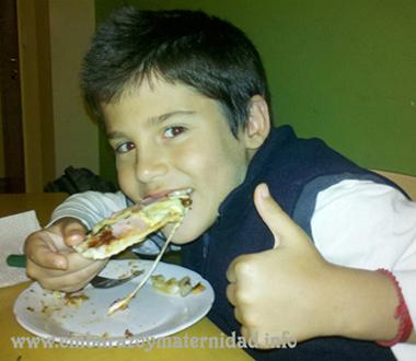 ¿Cuáles son los alimentos que ayudan en el desempeño escolar?