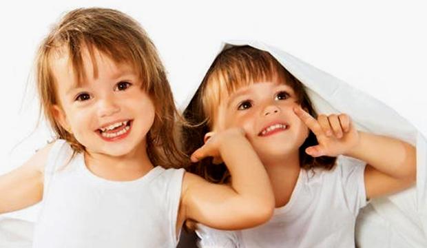 cómo se desarrolla el coeficiente intelectual en los gemelos