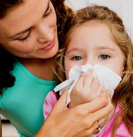 Mamás que deben lidiar con las alergias de sus hijos