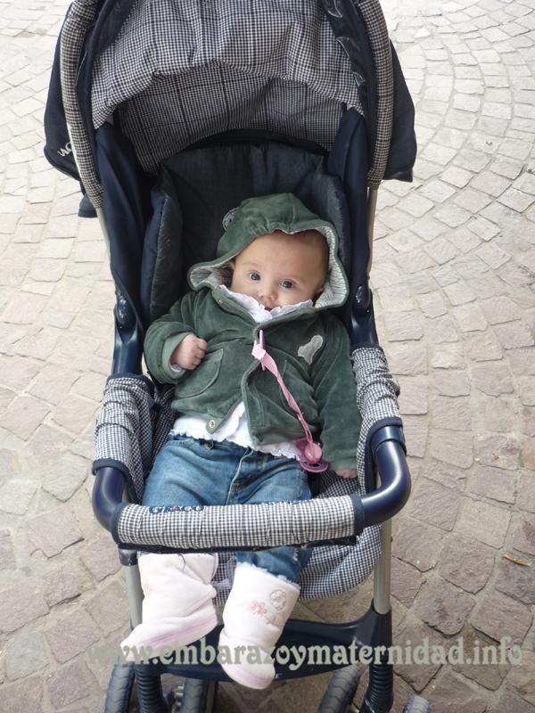 Dormir la siesta al aire libre tiene beneficios para los bebés
