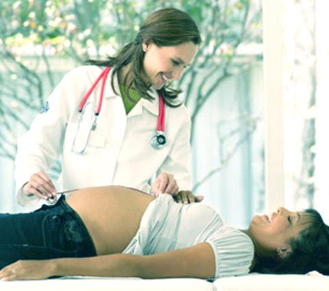 ¿Qué significa sufrir agresión o violencia en el parto?