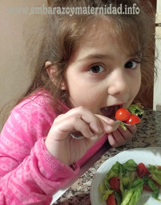 ¿Cuáles son los riesgos de una dieta vegana en la infancia?