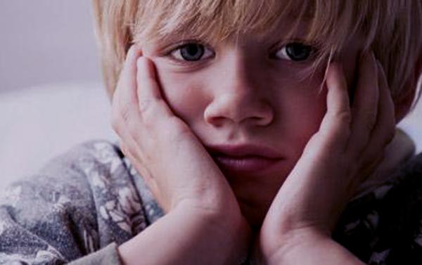 ¿Cómo afecta el divorcio de los padres en niños y adolescentes?