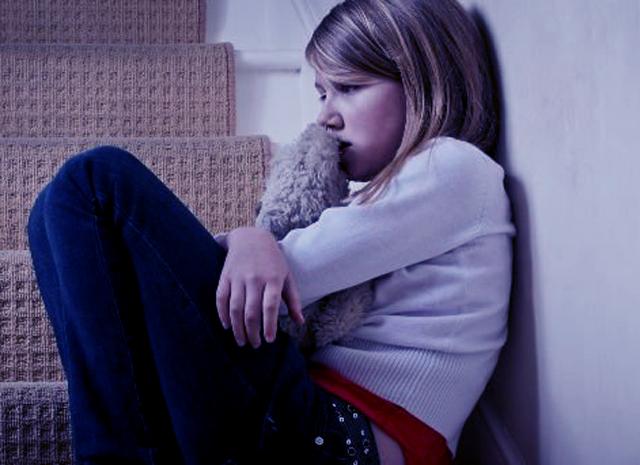 ¿Cómo se detecta el maltrato en los niños?