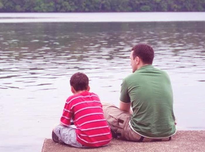 ¿Cómo puedo enseñarles a pensar a mis hijos?