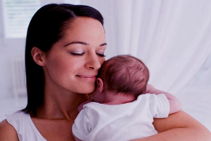 ¿Cómo es la primer menstruación después del parto?