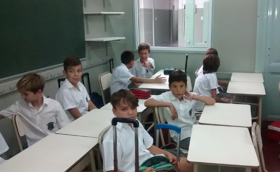¿Cómo fomentar la buena conducta de los niños en el aula?