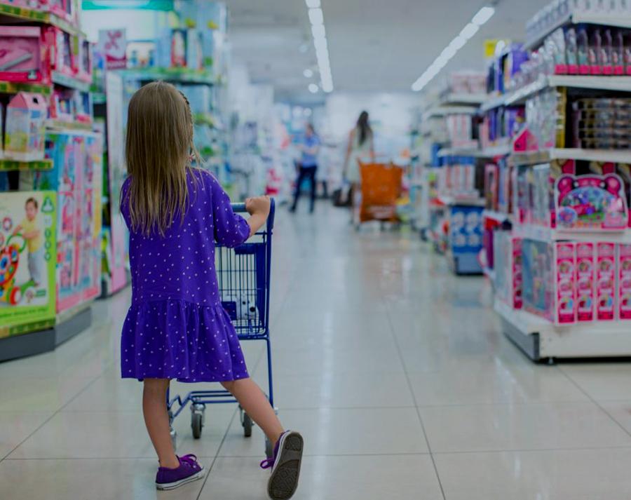Consejos para evitar el consumismo compulsivo en los niños