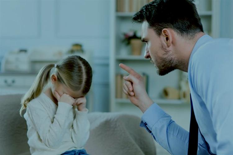 Niños que padecen una gran exigencia de sus padres