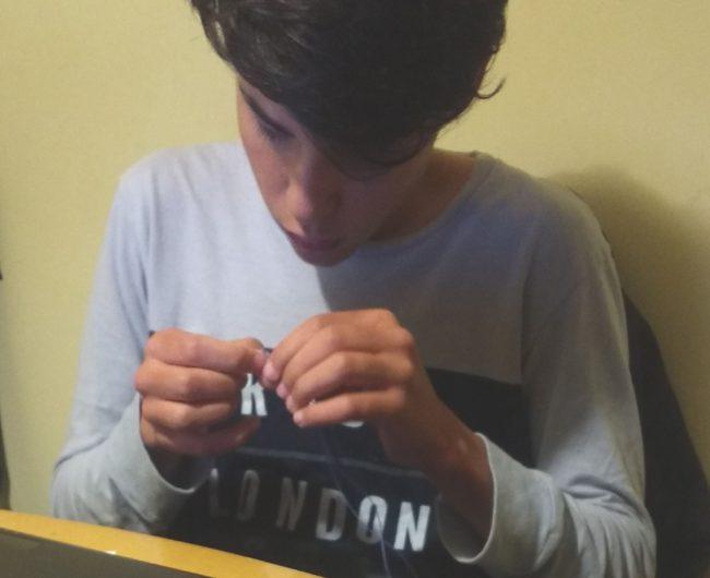 ¿Por qué los adolescentes suelen desconectarse emocionalmente?